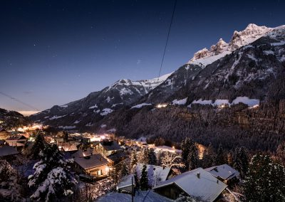 Champéry by night